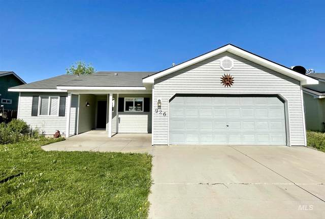 926 W Fourth St, Fairfield, ID 83327 (MLS #98804256) :: Hessing Group Real Estate