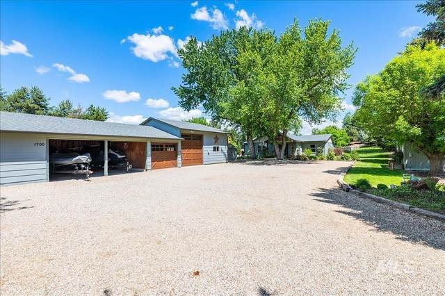 1700 W Floating Feather Road, Eagle, ID 83616 (MLS #98804306) :: Story Real Estate