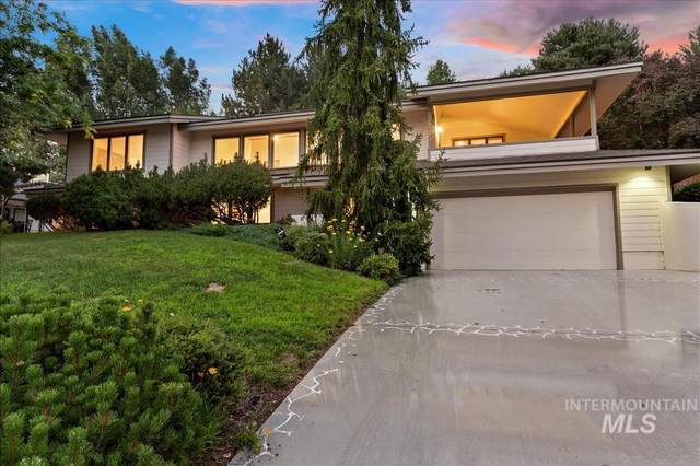 2052 S Ridge Point Way, Boise, ID 83712 (MLS #98804589) :: City of Trees Real Estate