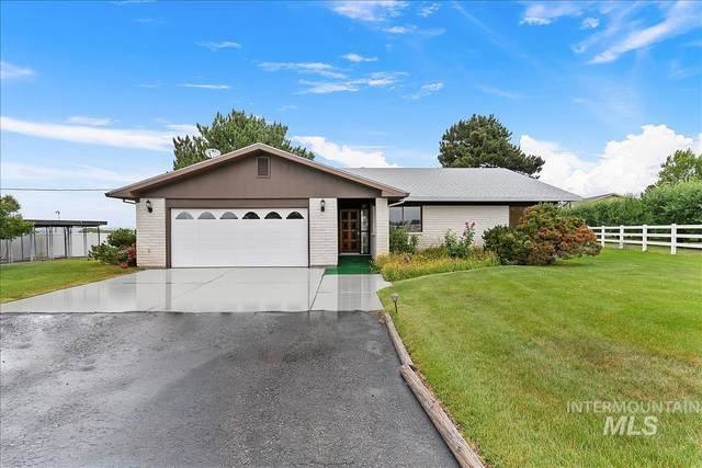 1940 SW 3rd Ave, Fruitland, ID 83619 (MLS #98806125) :: Minegar Gamble Premier Real Estate Services