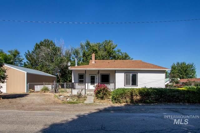 215 N Pine Avenue, Emmett, ID 83617 (MLS #98807788) :: Build Idaho