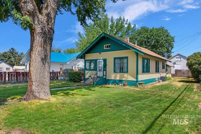126 12th Avenue West, Gooding, ID 83330 (MLS #98808058) :: Navigate Real Estate