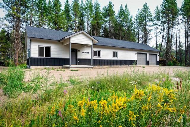 26 White Fir Loop, Donnelly, ID 83615 (MLS #98808460) :: Michael Ryan Real Estate