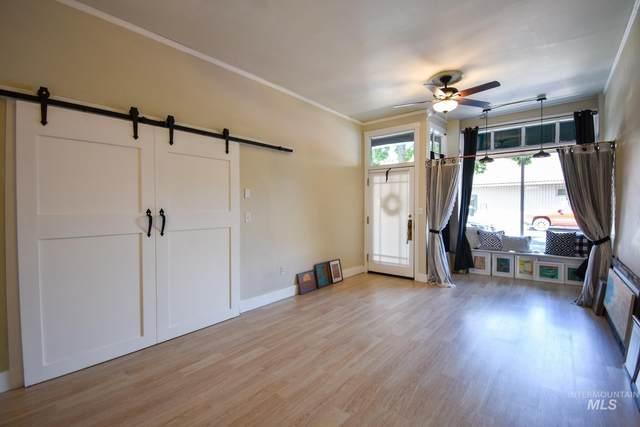 911 6th Street, Clarkston, WA 99403 (MLS #98808641) :: Haith Real Estate Team