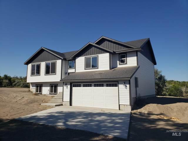 4487 Mud Creek Rd, Buhl, ID 83316 (MLS #98808655) :: Idaho Life Real Estate