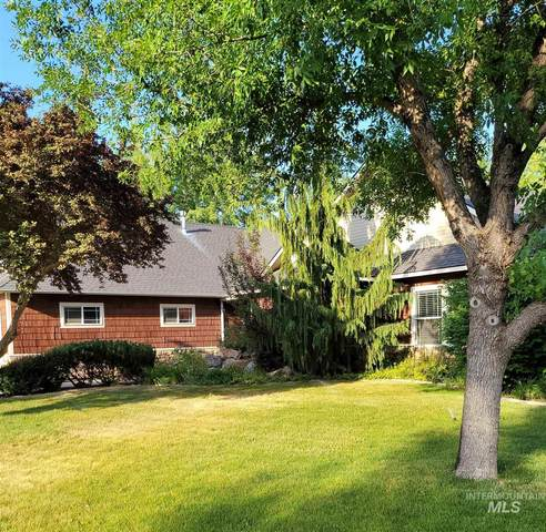 2780 N Greenbelt Place, Meridian, ID 83646 (MLS #98809988) :: Haith Real Estate Team