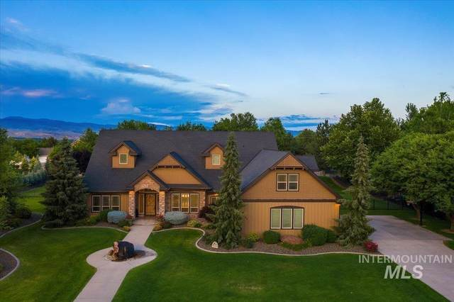 2796 S Pasa Tiempo Way, Eagle, ID 83616 (MLS #98810084) :: Team One Group Real Estate