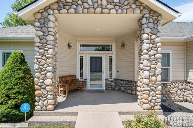 2799 N. Greenbelt Place, Meridian, ID 83646 (MLS #98810212) :: Team One Group Real Estate