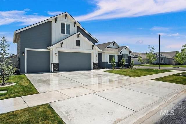 2140 S Woodsage Way, Meridian, ID 83642 (MLS #98810304) :: Juniper Realty Group