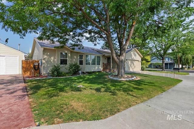 583 Trotter Drive, Twin Falls, ID 83301 (MLS #98810675) :: Juniper Realty Group