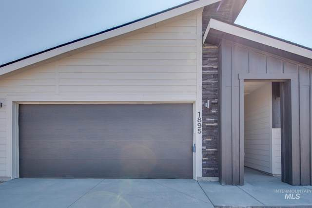 1895 SW Challis Dr -, Mountain Home, ID 83647 (MLS #98811745) :: Team One Group Real Estate