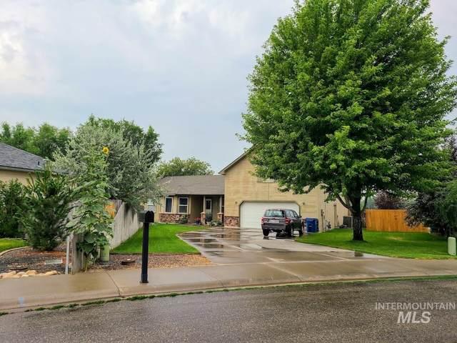 1231 N 14th East, Mountain Home, ID 83647 (MLS #98811746) :: Boise Home Pros
