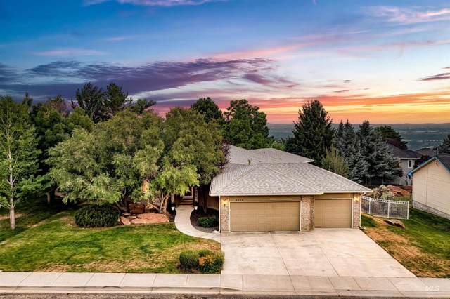3255 E Red Stone Drive, Boise, ID 83712 (MLS #98812099) :: Idaho Real Estate Advisors