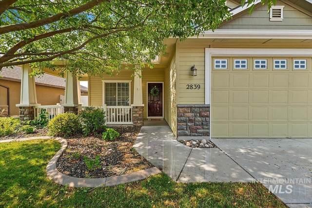 2839 E Falcon Dr, Meridian, ID 83642 (MLS #98812316) :: Idaho Life Real Estate