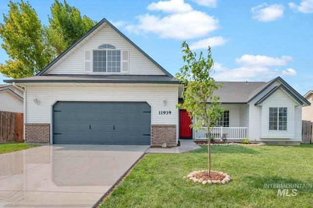 11939 Colonial Dr, Caldwell, ID 83605 (MLS #98812413) :: Michael Ryan Real Estate