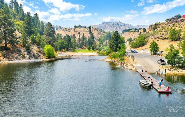 226 Robie Creek Rd, Boise, ID 83716 (MLS #98812604) :: City of Trees Real Estate