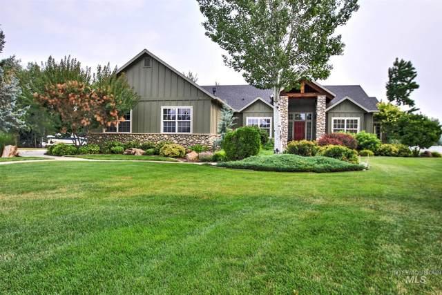 594 W Gray Fox Ct, Meridian, ID 83646 (MLS #98813171) :: Team One Group Real Estate