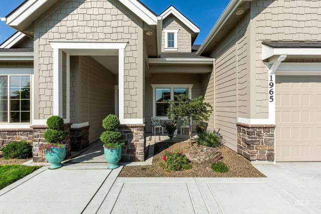 1965 N Tullshire Way, Eagle, ID 83616 (MLS #98813256) :: Story Real Estate