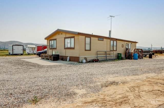 2405 Rockhill Ln, Emmett, ID 83617 (MLS #98813315) :: Idaho Life Real Estate