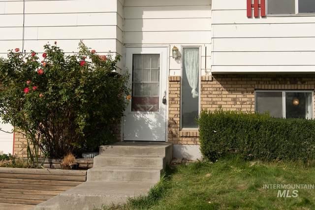 395 S 14Th. East, Mountain Home, ID 83647 (MLS #98813325) :: Idaho Real Estate Advisors