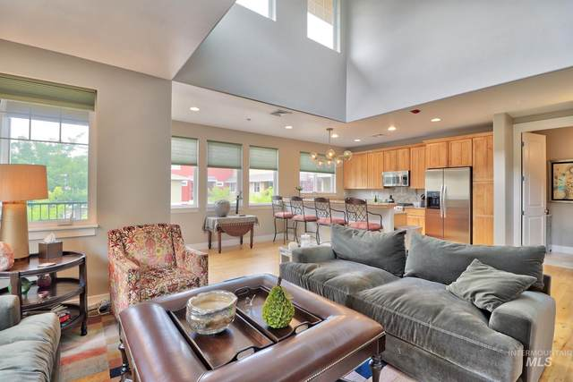 2458 N Bogus Basin, Boise, ID 83702 (MLS #98813514) :: Full Sail Real Estate