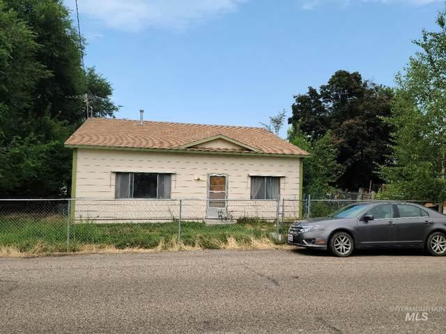 370 W 12th S, Mountain Home, ID 83647 (MLS #98813532) :: Jon Gosche Real Estate, LLC