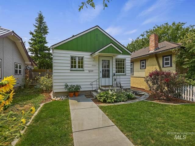 2227 W Ellis Avenue, Boise, ID 83702 (MLS #98813894) :: Beasley Realty