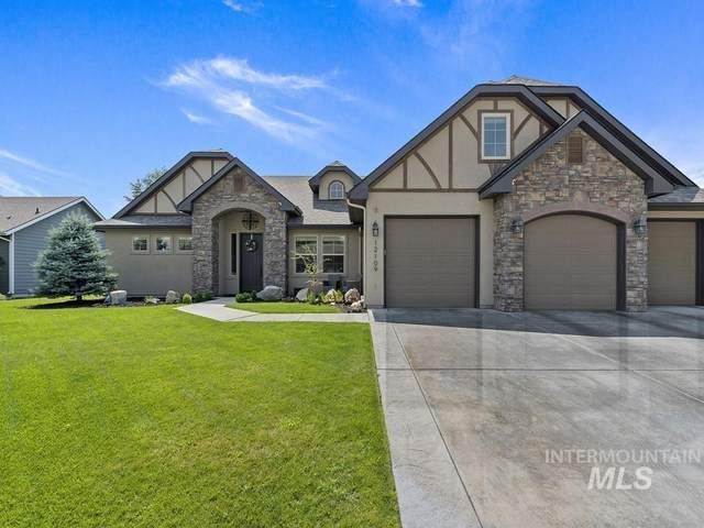 12109 W Pinewood River Lane, Star, ID 83669 (MLS #98813898) :: Idaho Life Real Estate