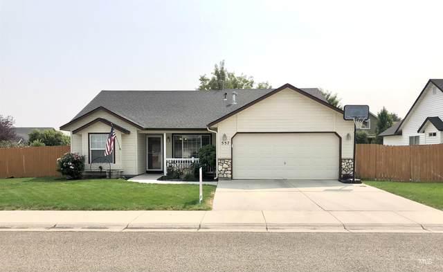 557 E Huckleberry, Kuna, ID 38634 (MLS #98815347) :: Build Idaho