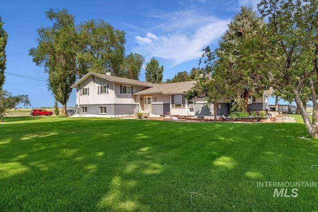 2326 E 1850 S, Gooding, ID 83338 (MLS #98815648) :: Epic Realty