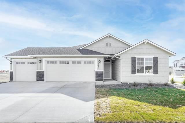 2621 E Night Rider Dr, Kuna, ID 83634 (MLS #98816693) :: Idaho Life Real Estate