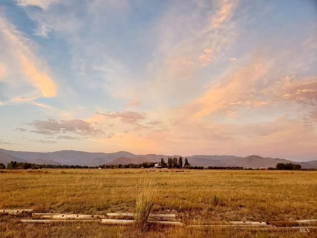 30 Noe Way, Bellevue, ID 83313 (MLS #98816762) :: Trailhead Realty Group