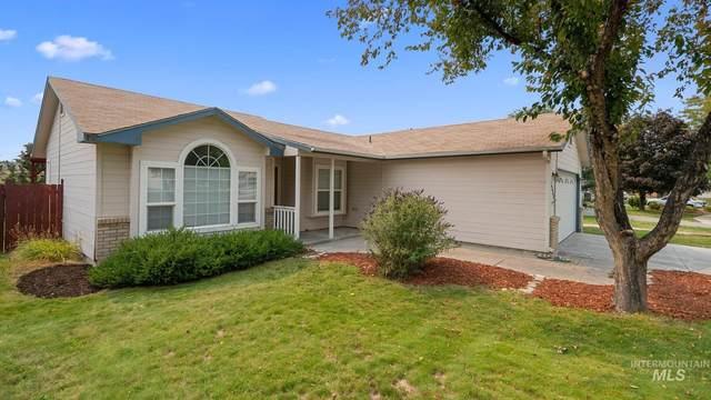 5734 S Flax Pl, Boise, ID 83716 (MLS #98817377) :: Build Idaho