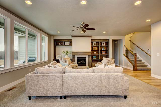 5000 W Frenchglen Drive, Eagle, ID 83616 (MLS #98817477) :: Build Idaho