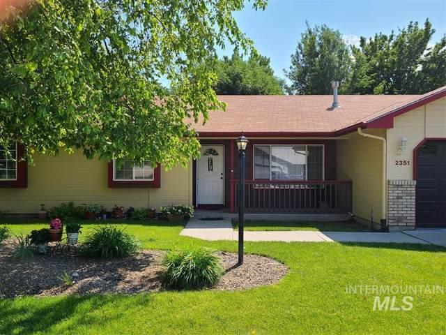 2351 E Grapewood Drive, Meridian, ID 83646 (MLS #98817625) :: Full Sail Real Estate