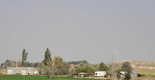 8460 Bennett Rd, Nampa, ID 83686 (MLS #98818026) :: Team One Group Real Estate