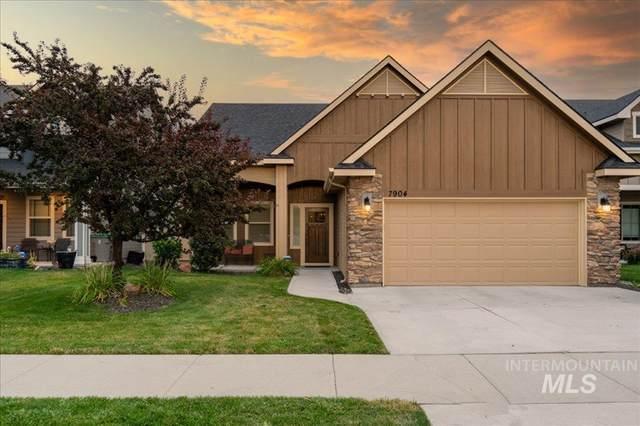 7904 S Snow Bird Avenue, Boise, ID 83716 (MLS #98818235) :: Full Sail Real Estate