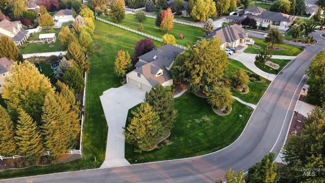 972 Cove Colony Way, Eagle, ID 83616 (MLS #98818360) :: Boise Home Pros