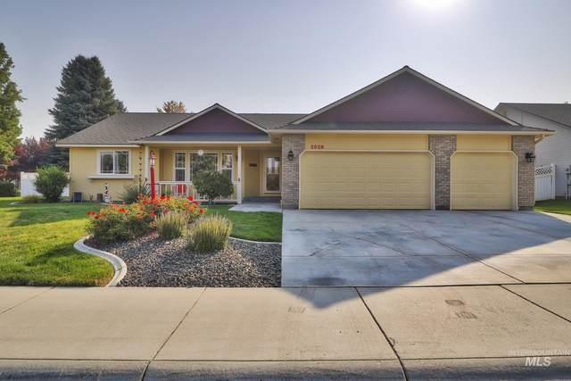 2528 N Tangent Ave, Meridian, ID 83646 (MLS #98818544) :: First Service Group