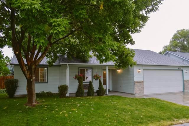 624 N Katie Way, Kuna, ID 83634 (MLS #98818679) :: Build Idaho