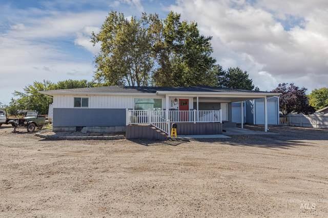 2303 N Whitley Dr, Fruitland, ID 83619 (MLS #98818803) :: Scott Swan Real Estate Group
