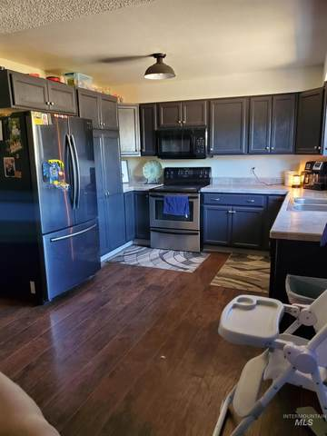 104 Sunny Lane, Emmett, ID 83617 (MLS #98818859) :: Full Sail Real Estate