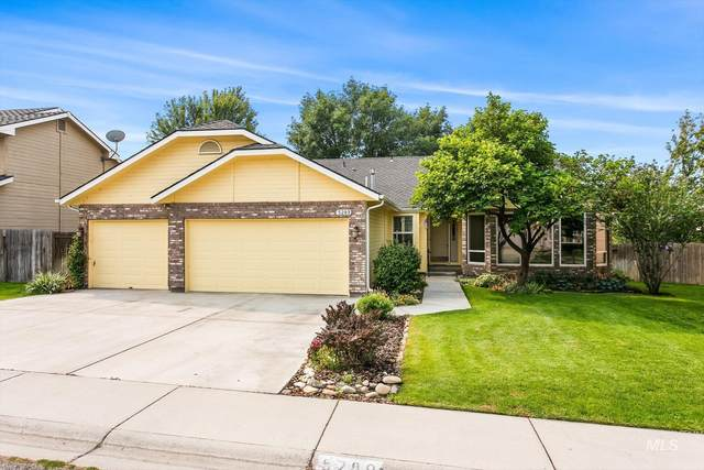 5289 W Holly Hill Dr., Boise, ID 83703 (MLS #98818907) :: Boise River Realty