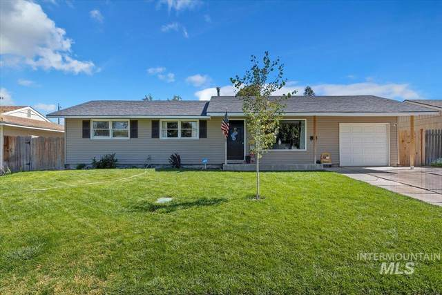 966 Sunrise Blvd, Twin Falls, ID 83301 (MLS #98818986) :: Full Sail Real Estate