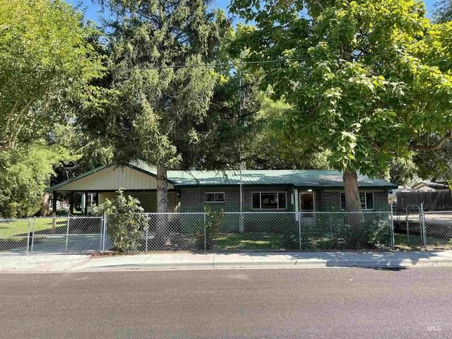 116 N Hawthorne Ave, Middleton, ID 83644 (MLS #98819048) :: Idaho Real Estate Advisors