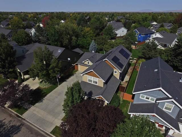 988 E Washakie Street, Meridian, ID 83646 (MLS #98819452) :: Idaho Life Real Estate