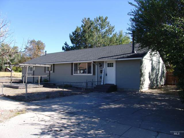 575 E 2nd S St., Mountain Home, ID 83647 (MLS #98819859) :: Boise River Realty
