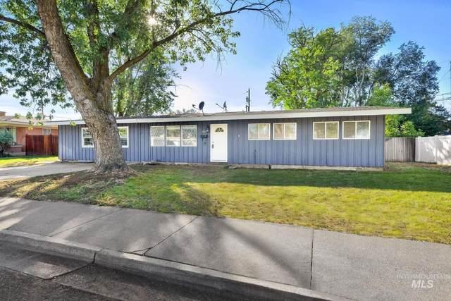 1025 N 7th E, Mountain Home, ID 83647 (MLS #98820298) :: Boise River Realty