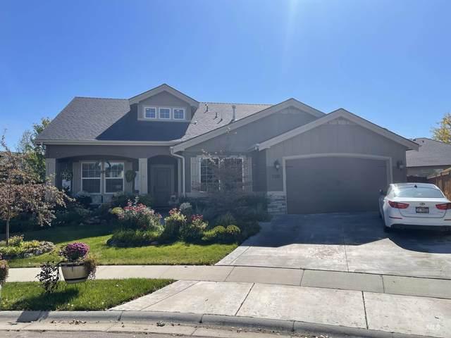 5800 N Red Hills Pl, Meridian, ID 83646 (MLS #98820504) :: Own Boise Real Estate