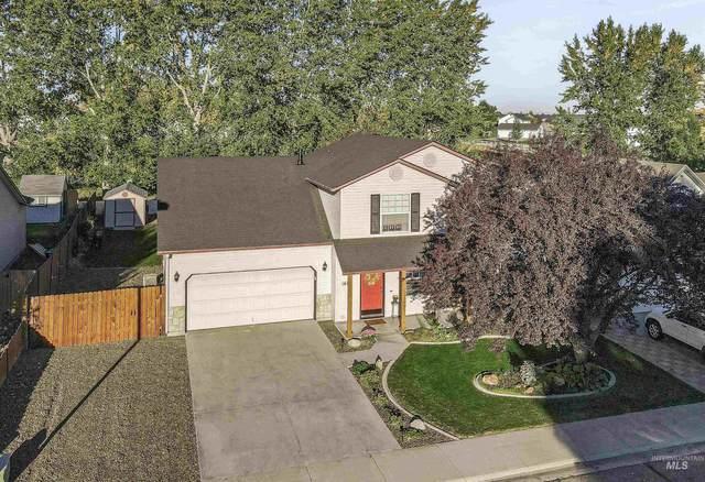 1683 N Deerhorn Pl, Kuna, ID 83634 (MLS #98821085) :: Minegar Gamble Premier Real Estate Services